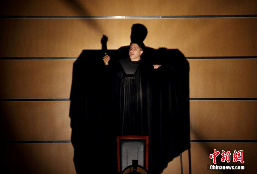 Goethes Faust als One-Man-Show in Sichuan